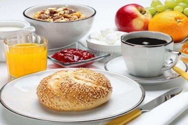 continental-breakfast-stellahomestayservices.com