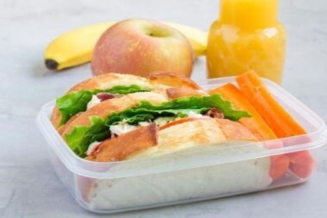 packed-lunch-stellahomestayservices.com